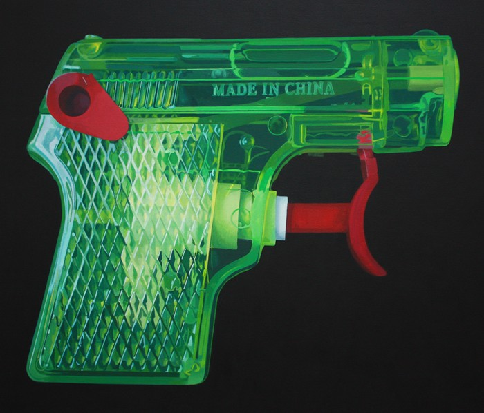 Leigh Mulley: Green/Red Pistol